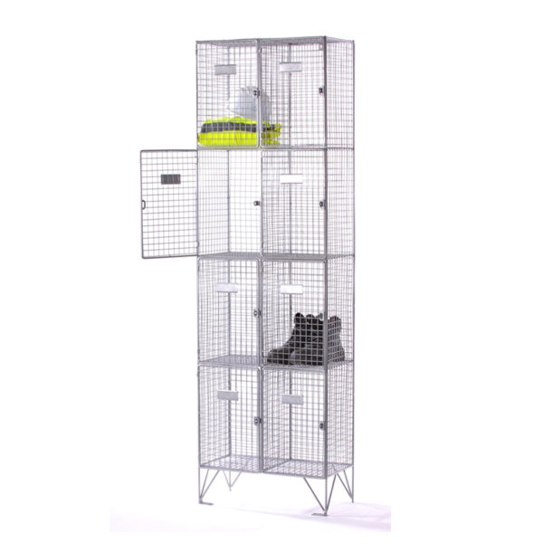 four-compartment-wire-mesh-locker